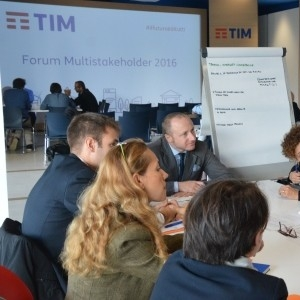 forum-multistakeholder-2016