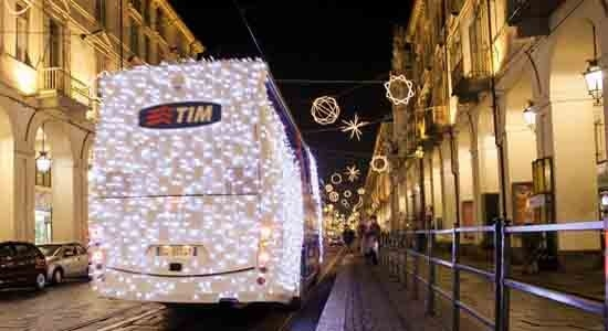 Xmas-Light-Bus-Torino-550x300